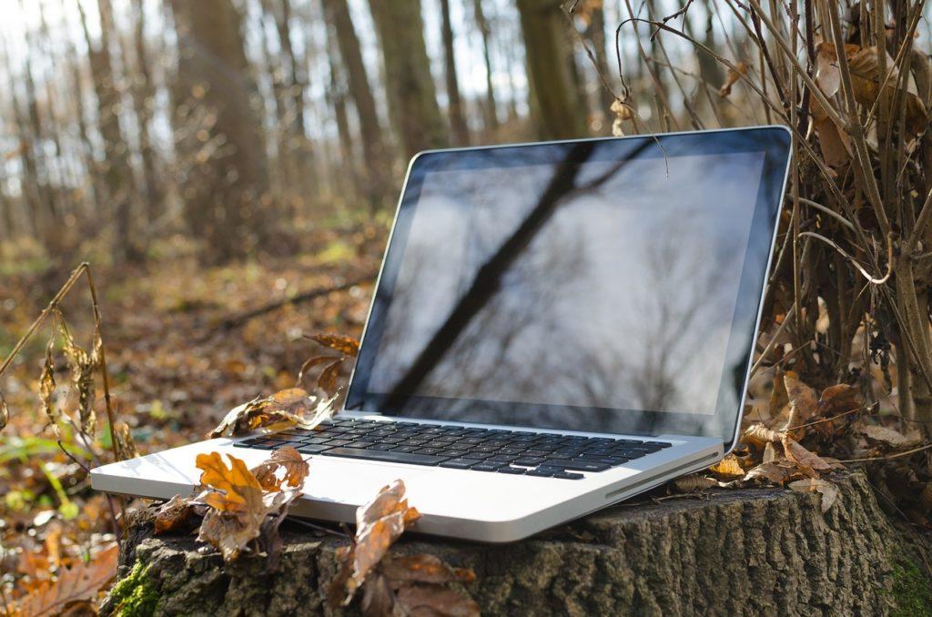 Writing on my Laptop JVB Coaching